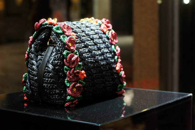 dolce gabbana crochet bag with flowers