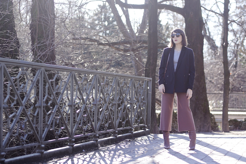 oversize blazer , culottes trousers outfit , gianmarco lorenzi boots