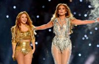 jennifer-lopez-shakira-super-bowl-2020-gettyimages-1203656350